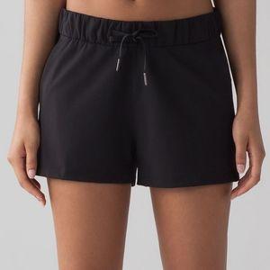 Lululemon On The Fly Shorts size 8